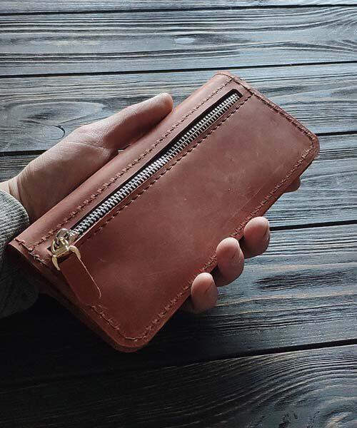 Класичне шкіряне портмоне ручної роботи в світло коричневому кольорі, з індивідуальним гравіруванням фото або зображення3