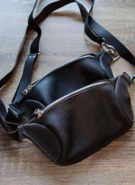 Чорна сумка бананка з індивідуальним гравіруванням по фото, тексту або логотипу, з регульованим ремінцем, шкіра crazy horse3