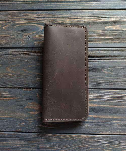 Темно коричневе портмоне classic з індивідуальним гравіруванням по фото, тексту або зображенню