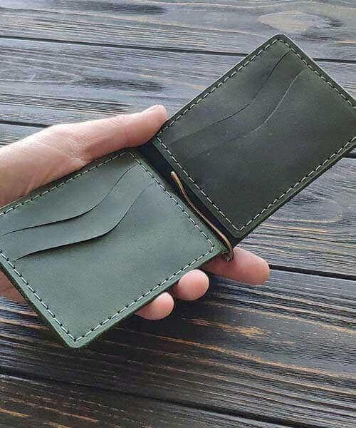 Зелений шкіряний зажим ручної роботи з індивідуальним гравіруванням4