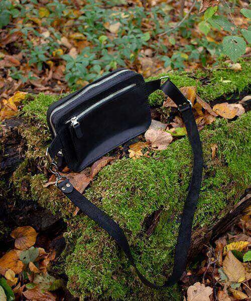 Чорна бананка максі з натуральної шкіри максимально вмістима сумка з гравіровкою3