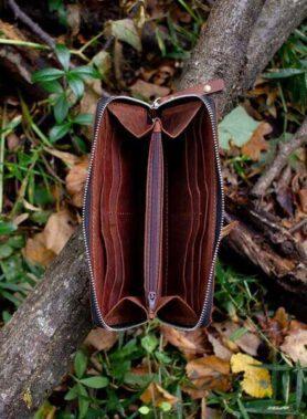 Клатч primal zip коньячного кольору з індивідуальним гравіруванням. тревел клатч шкіра crazy horse2